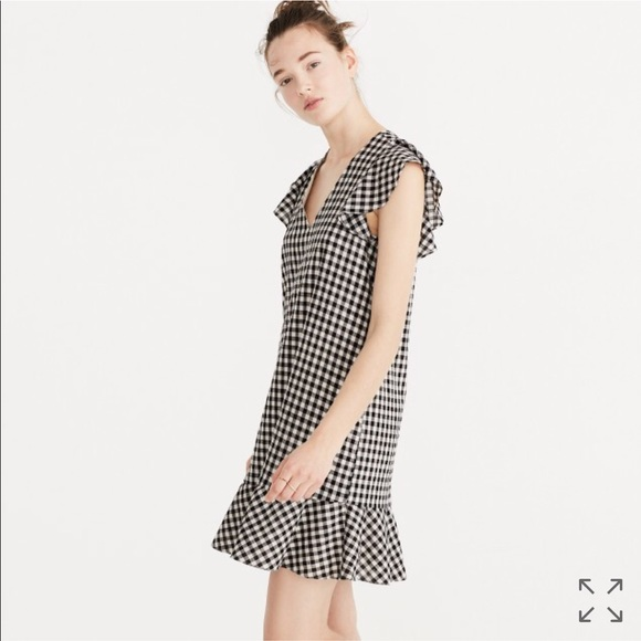 e1857c47d Madewell Dresses | Nwt Gingham Ruffle Dress Size 4 | Poshmark